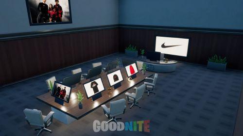 Nike X 100 Thieves Store